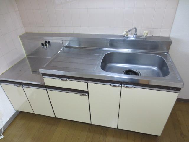 メルベーユ三芳野 203号室のキッチン