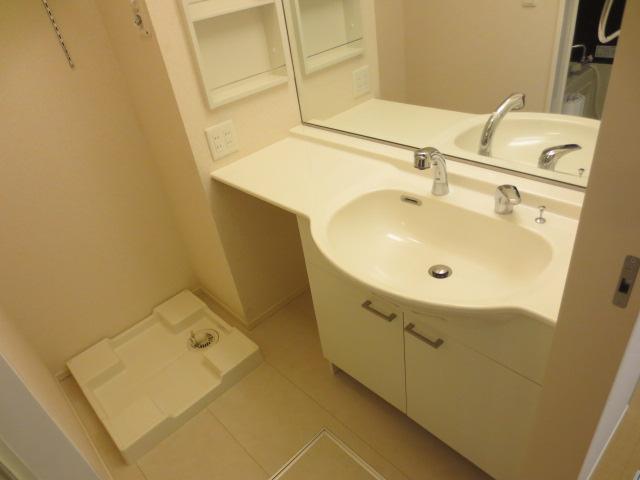 アリエル 202号室の洗面所