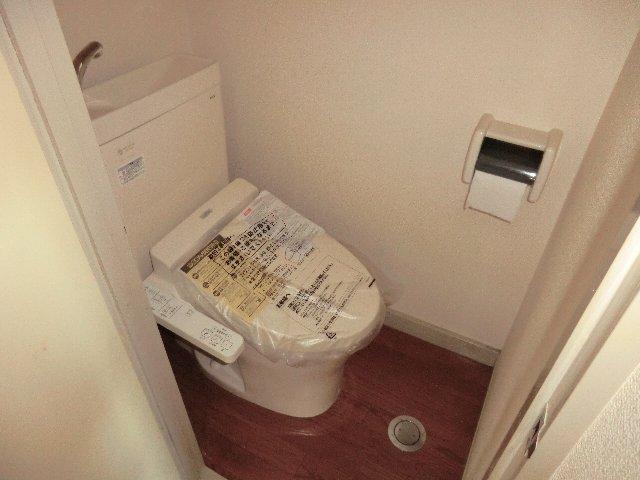 佐藤ビル 301号室のトイレ