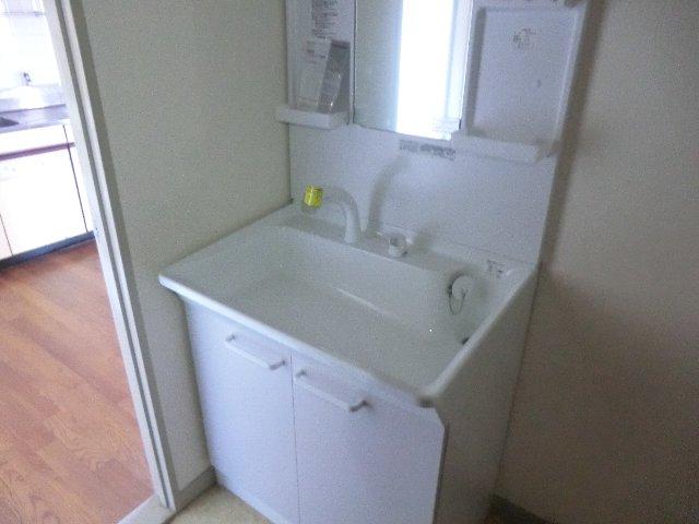 佐藤ビル 301号室の洗面所