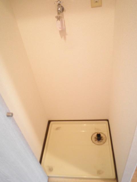 浦和シティマンション 504号室の洗面所