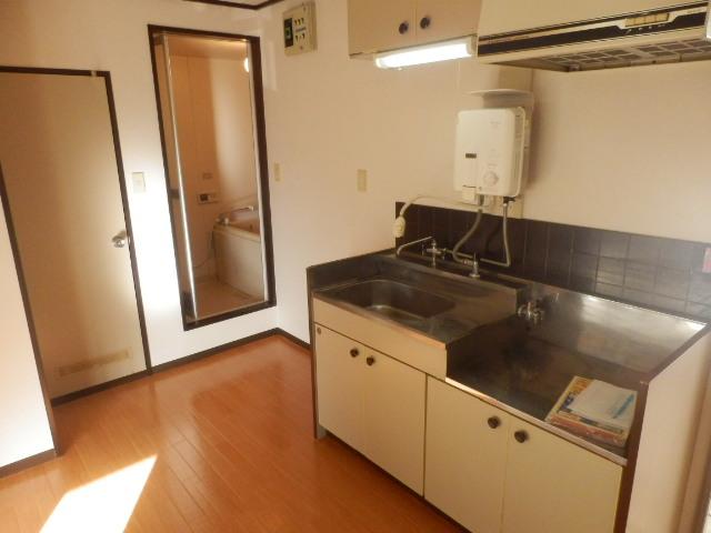 フレグランスSHOWA 202号室のキッチン