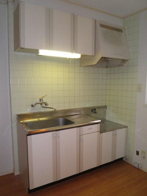 コーポウエムラ 202号室のキッチン
