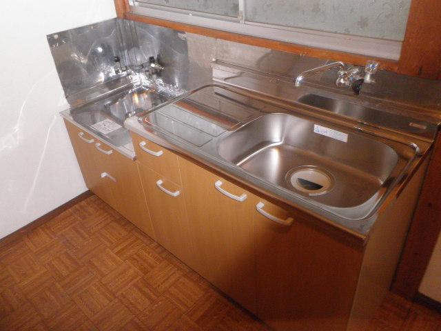 吉野荘B 203号室のキッチン