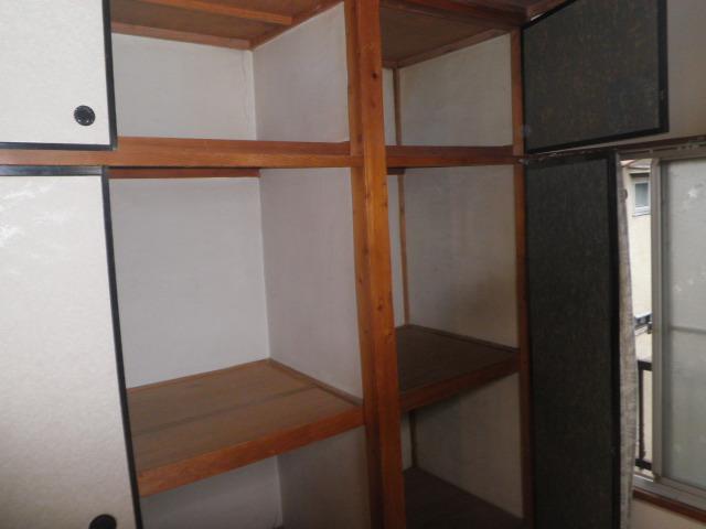 吉野荘B 203号室の収納