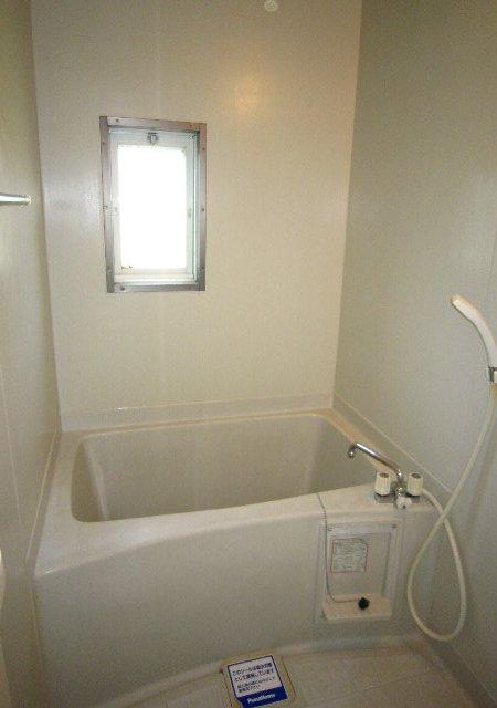 スワローフィールズ 101号室の風呂