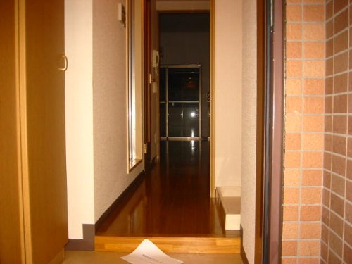 メゾンドエフ 604号室の玄関