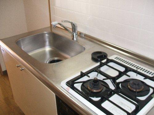 メゾンドエフ 604号室のキッチン