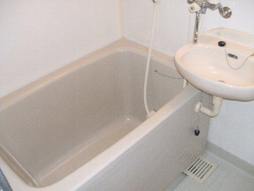 メゾンドエフ 604号室の風呂