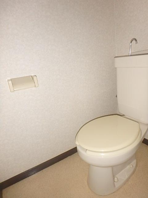 メゾンハピネス 202号室のトイレ