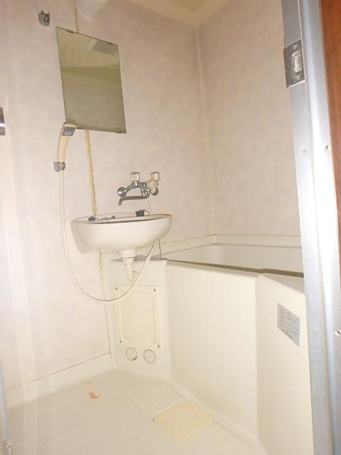 メゾンハピネス 202号室の風呂