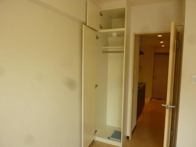 カーサアルマーレ 203号室の収納