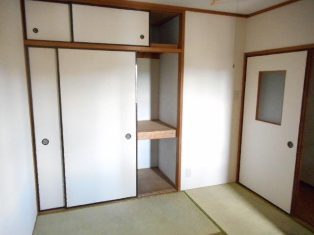 アパートメント21 305号室の収納