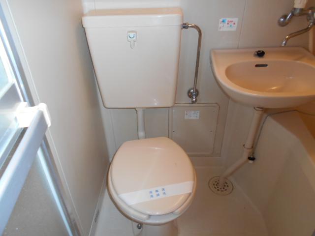アッドマウント 101号室のトイレ