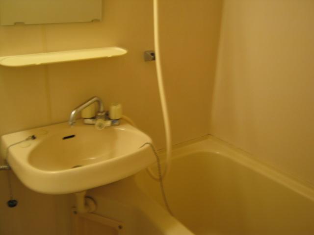 ハイツKOBA 202号室の風呂