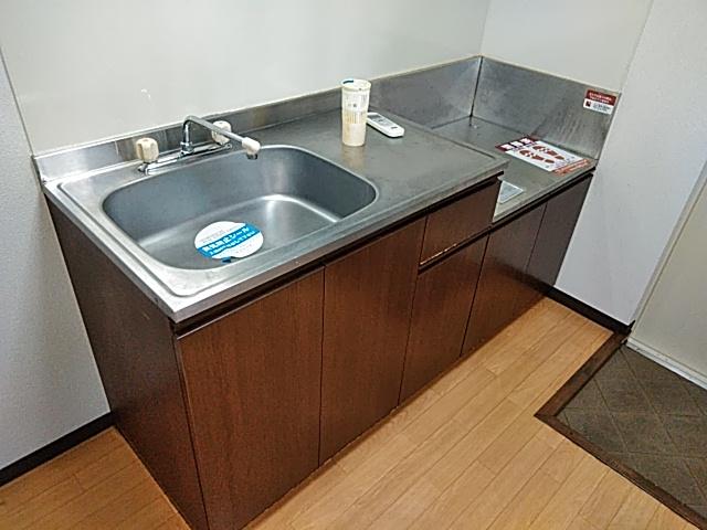 ラウム・ブリランテ 103号室のキッチン