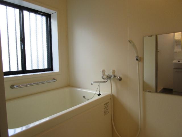 クラウンハイツN 101号室の風呂