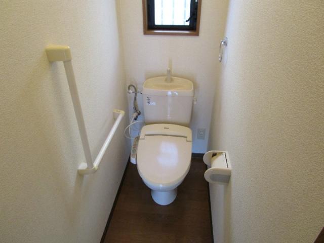 クラウンハイツN 101号室のトイレ