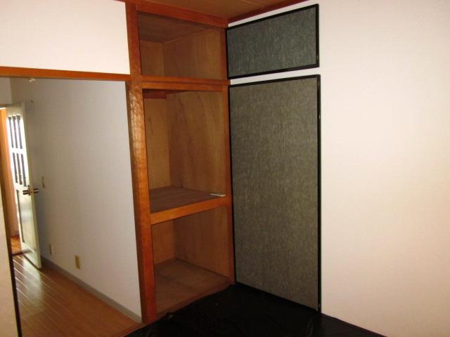 コミュニティタウン89 A-105号室の収納