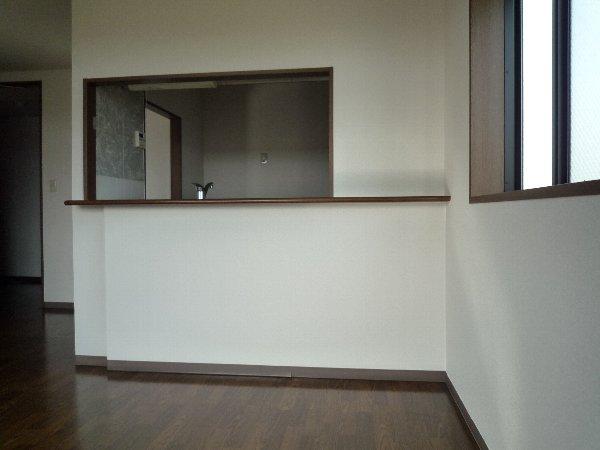 プロニティAOKI 201号室のリビング