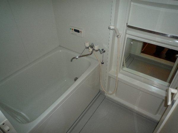 プロニティAOKI 201号室の風呂