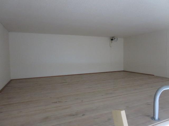 パレス大福 103号室の居室