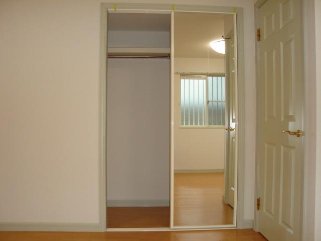 ミルキーベル 102号室の収納