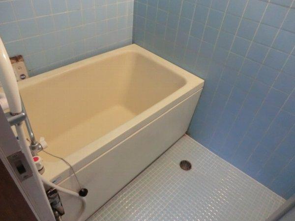 日香苑 205号室の風呂