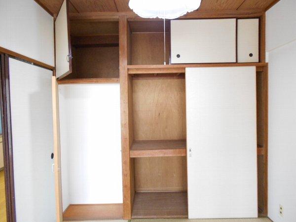 日香苑 303号室の収納