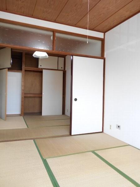日香苑 303号室のその他