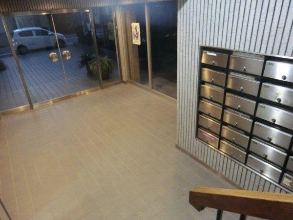 日香苑 303号室のロビー