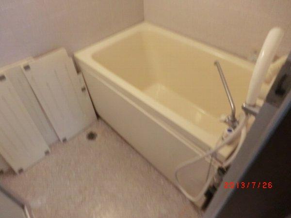 日香苑 304号室の風呂