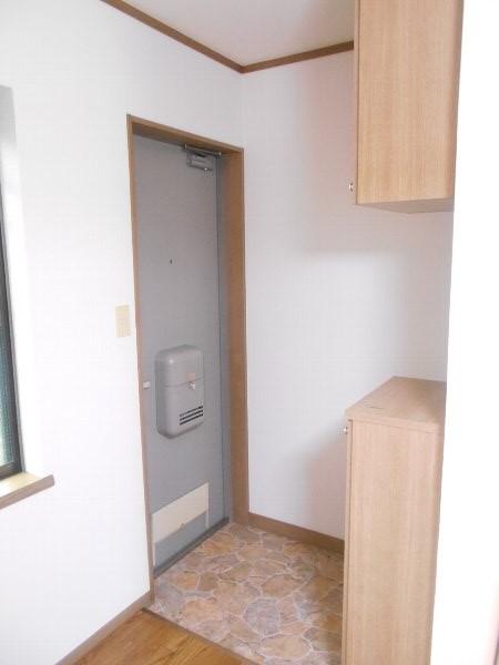 宗田ビレッジ 101号室の玄関