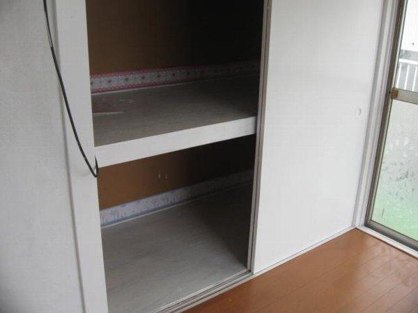 さくら荘 203号室の収納