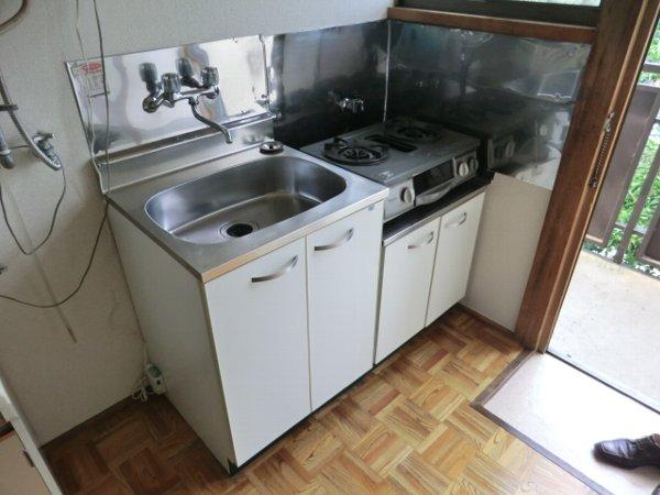小島ハイツ 201号室のキッチン