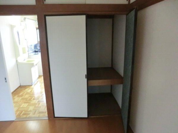 小島ハイツ 201号室の収納