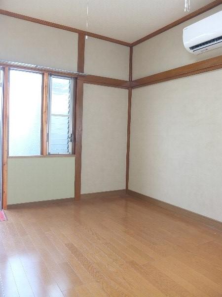 TOSHIハウス 203号室のリビング