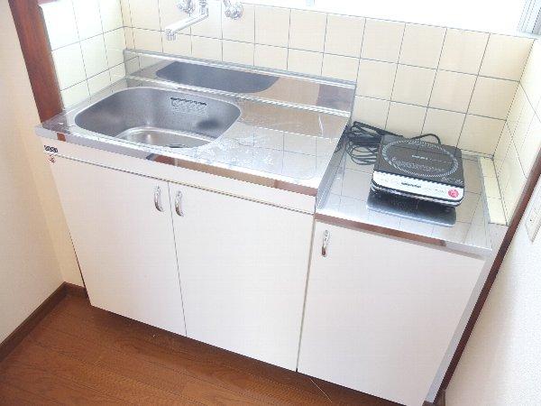 TOSHIハウス 204号室のキッチン