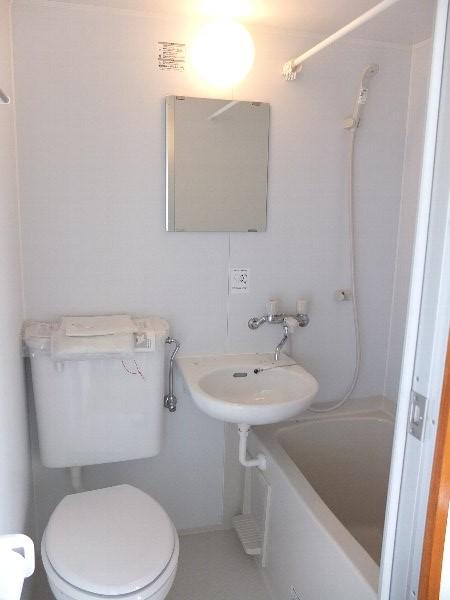 TOSHIハウス 204号室の風呂