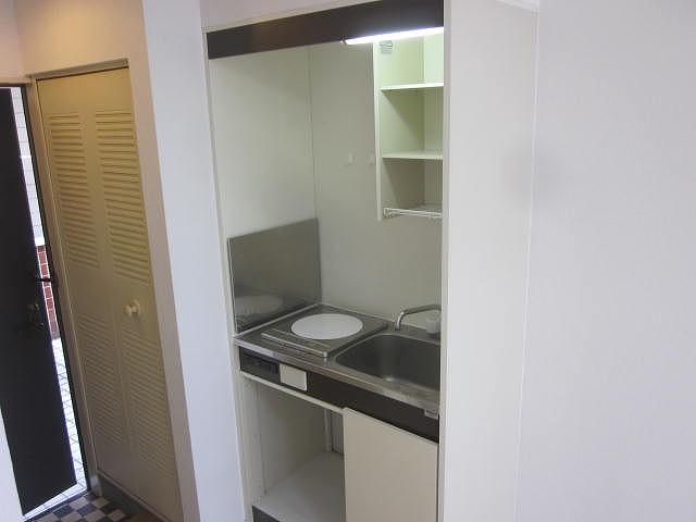 スターホームズ井土ヶ谷2 201号室のキッチン