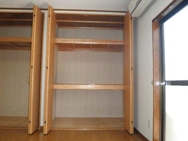 所沢アレイ 00201号室の収納