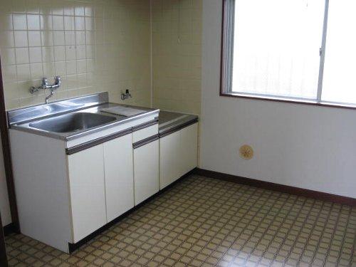 ミタマハイツ2 103号室のキッチン