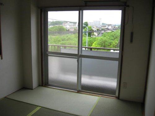 ミタマハイツ2 103号室の居室