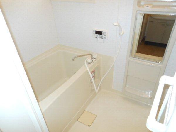 ウォーターミル 102号室の風呂