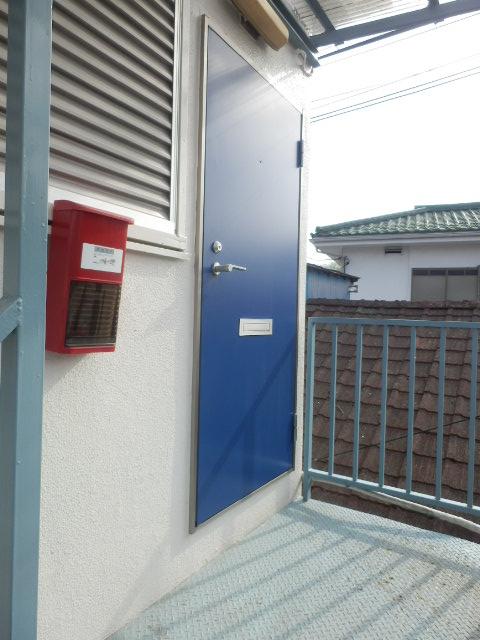 第1高尾荘 201号室の玄関
