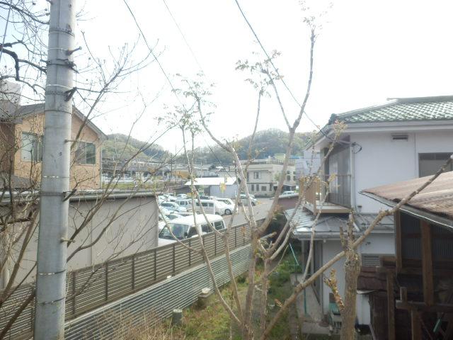 第1高尾荘 201号室の景色
