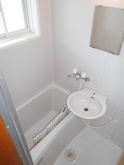 ハイツセリエ 201号室の風呂