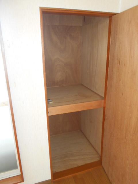 ハイツセリエ 201号室の収納