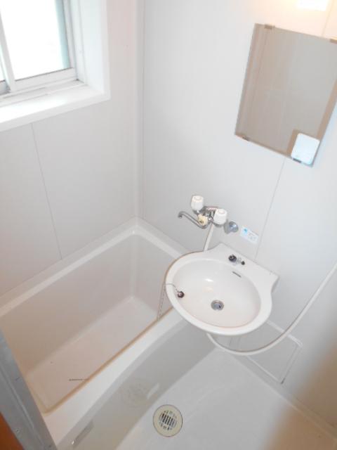 ハイツセリエ 203号室の風呂