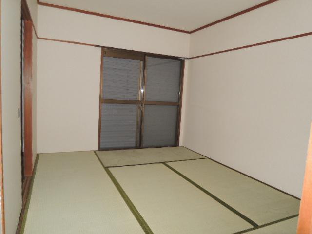 サンハイツB 102号室の居室